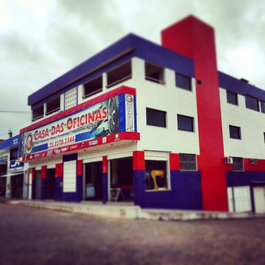 Casa das oficinas auto pe as c cero dantas av acm 1347 for Oficinas de american express